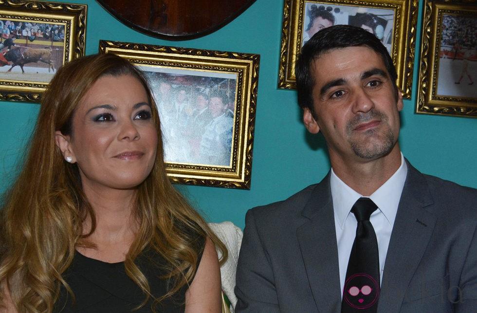 María José Campanario y Jesulín de Ubrique en una comida en Ubrique