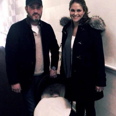 Chris O'Neill y Magdalena de Suecia abandonan el hospital junto a su hija tras dar a luz