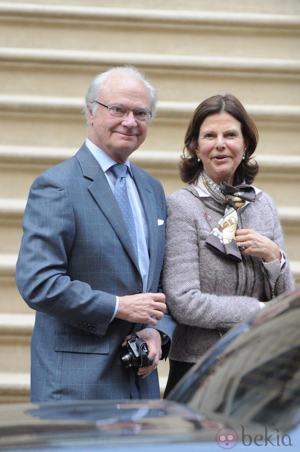 Los Reyes de Suecia en Nueva York para conocer a su nieta