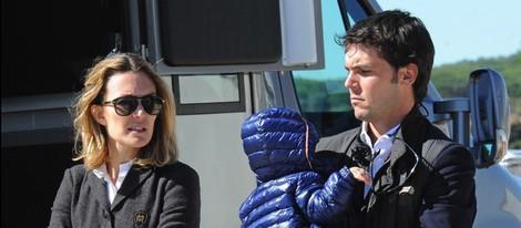Marta Ortega y Sergio Álvarez con su hijo Amancio en el XX Circuito Hípico del Sol de Salto