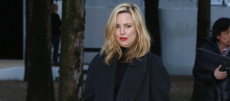 Melissa George en el desfile de Nina Ricci en Paris Fashion Week 2014