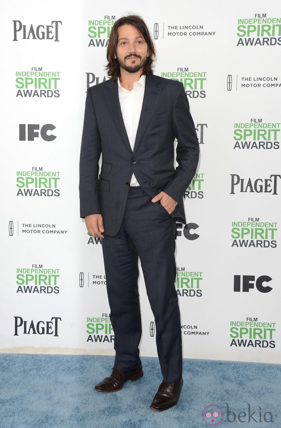 Diego Luna en los Independent Spirit Awards 2014