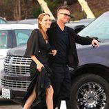 Brad Pitt y Angelina Jolie en su llegada a los Spirit Awards 2014