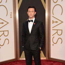 Joseph Gordon-Levitt en la alfombra roja de los Oscar 2014