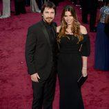 Christian Bale y Sibi Blazic en la alfombra roja de los Oscar 2014