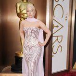 Lady Gaga en la alfombra roja de los Oscar 2014