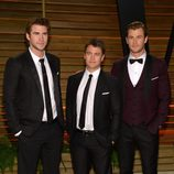 Los hermanos Chris, Liam y Luke Hemsworth en la fiesta Vanity Fair tras los Oscar 2014