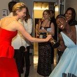 Jennifer Lawrence intenta quitar el Oscar de Lupita Nyong'o