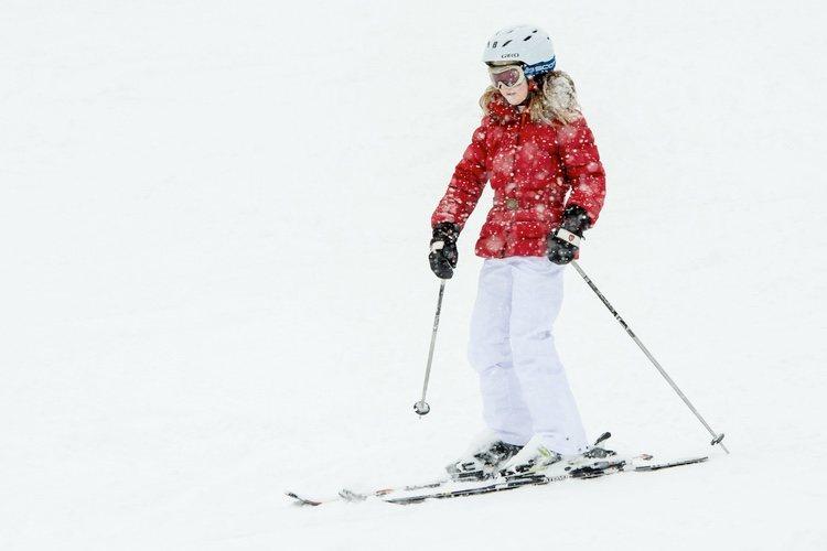 Isabel de Bélgica esquiando en Suiza