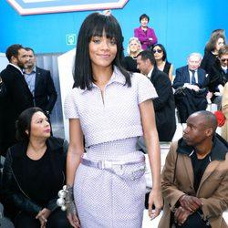 Rihanna en el desfile de Chanel de la Paris Fashion Week 2014