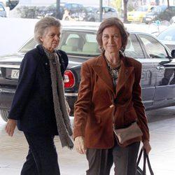 La Reina Sofía e Irene de Grecia llegan a Atenas para el homenaje al Rey Pablo de Grecia