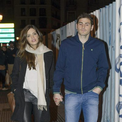 Iker Casillas y Sara Carbonero paseando por Madrid tras el nacimiento de Martín
