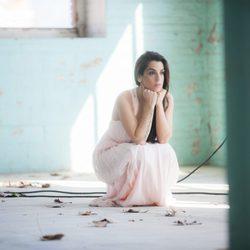 Ruth Lorenzo en el videoclip de la canción de Eurovisión 2014, 'Dancing in the rain'