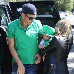 Fergie y Josh Duhamel celebran con su hijo Axl San Patricio 2014