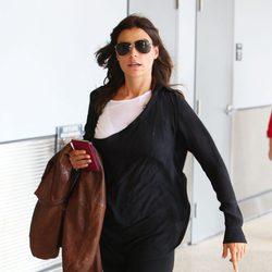 Raquel Perera saliendo del aeropuerto de Miami