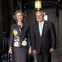La Reina Sofía con el presidente de Guatemala