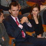 Los Príncipes Felipe y Letizia en el concierto 'Jóvenes con voz propia'