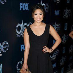 Jenna Ushkowitz en la fiesta del episodio 100 de 'Glee'