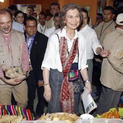 La Reina Sofía, muy feliz en su visita a San Juan Ermita en Guatemala