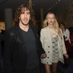 Carles Puyol y Vanesa Lorenzo en la presentación del disco de Shakira