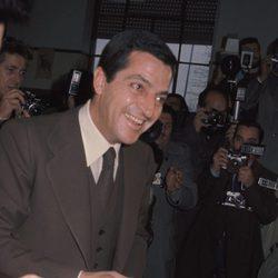 Adolfo Suárez votando en las elecciones de 1977