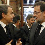 José Luis Rodríguez Zapatero y Mariano Rajoy en la capilla ardiente de Adolfo Suárez