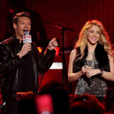 Shakira presenta su nuevo disco con Ryan Seacrest