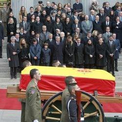 Cortejo fúnebre de Adolfo Suárez frente al Congreso de los Diputados
