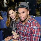 Kelly Brook y David McIntosh en un partido de la NBA