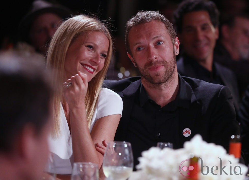 Gwyneth Paltrow y Chris Martin en una gala solidaria