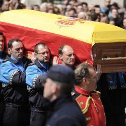 Los restos mortales de Adolfo Suárez llegando a la Catedral de Ávila