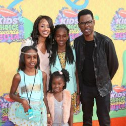 Chris Rock junto a su familia en los Kids Choice Awards 2014