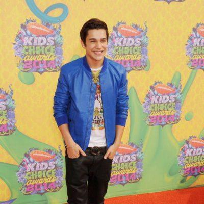 Austin Mahone en los Kids Choice Awards 2014