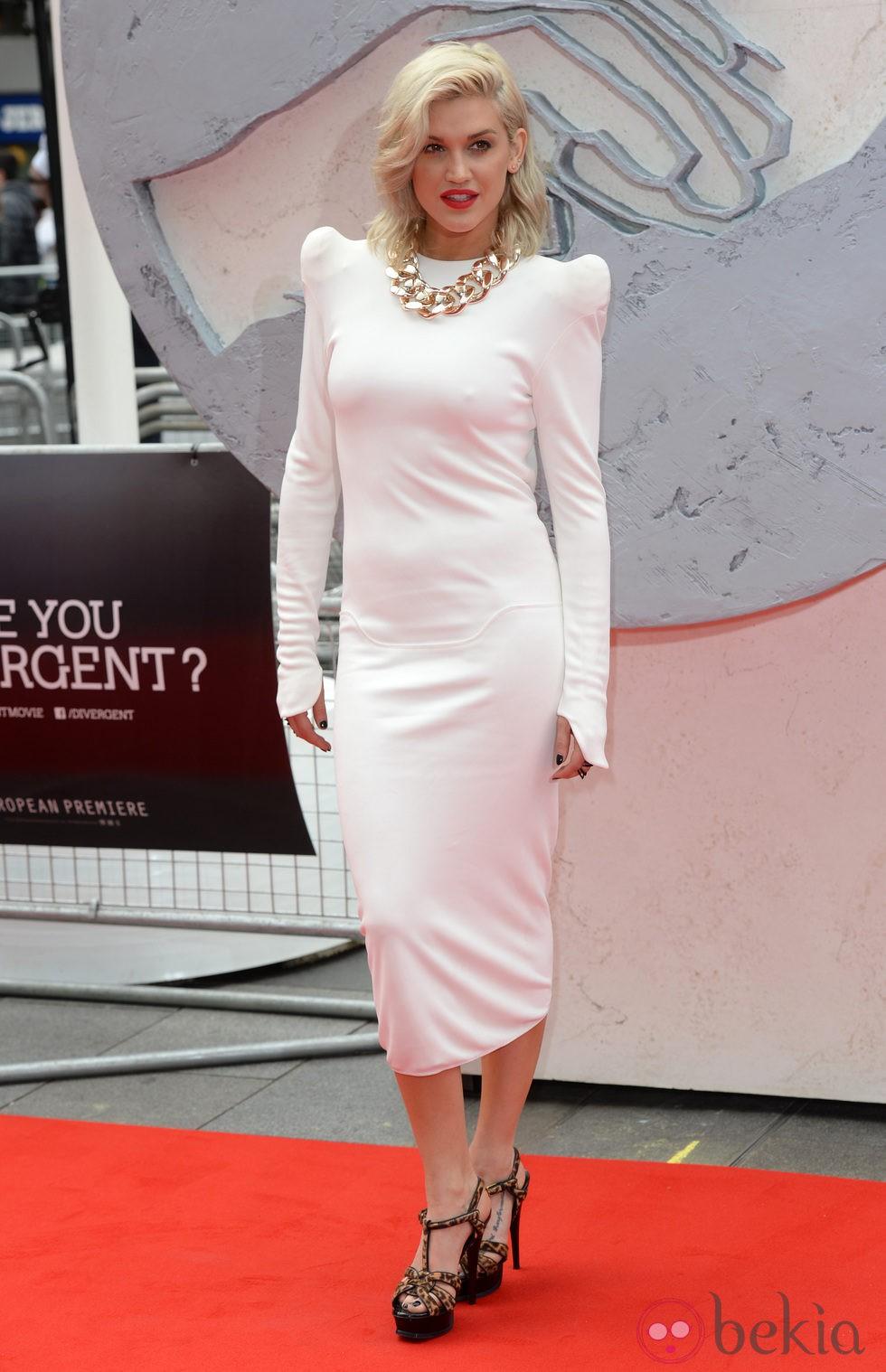 Ashley James en la premiere de 'Divergente' en Londres