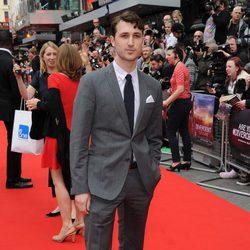 Ben Lloyd en la premiere de 'Divergente' en Londres
