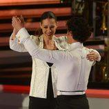 Eva González bailando con Miguel Abellán en '¡Mira quién baila!'