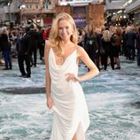 La modelo Kimberley Garner en el estreno de 'Noé' en Londres