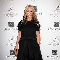 Jennifer Love Hewit preenta su nueva línea de ropa