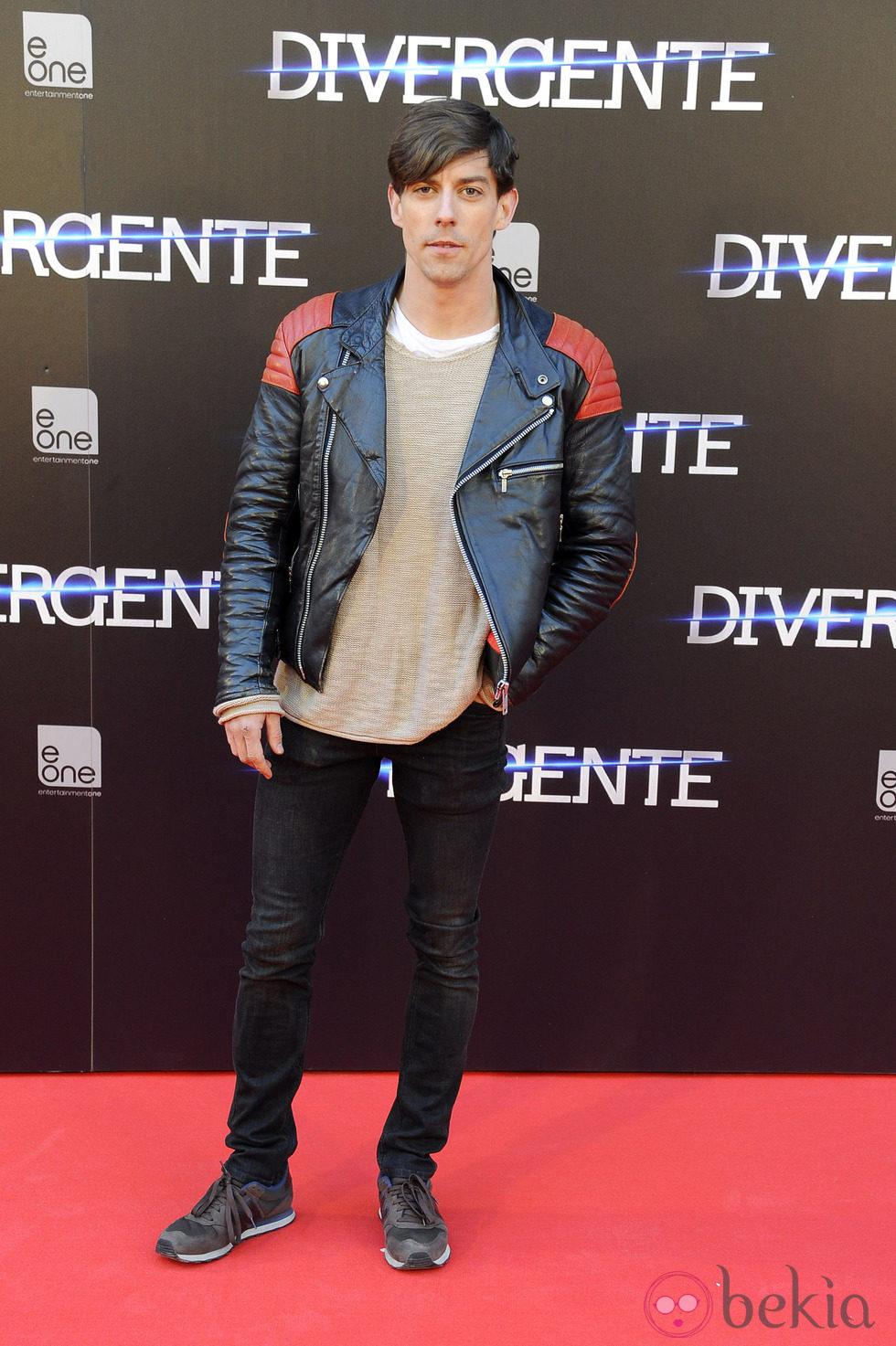Adrián Lastra en el estreno de 'Divergente' en Madrid