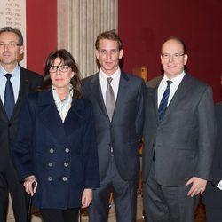 Carolina de Mónaco, Andrea Casiraghi y el Príncipe Alberto en la presentación de una película