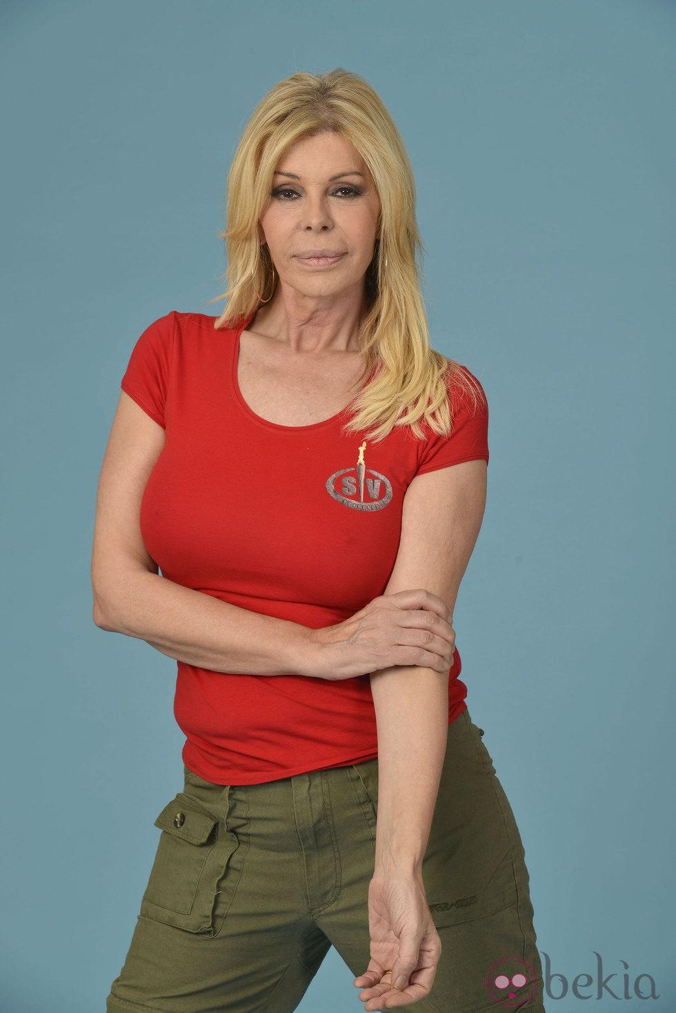 Bibiana Fernández posando como concursante de 'Supervivientes 2014'