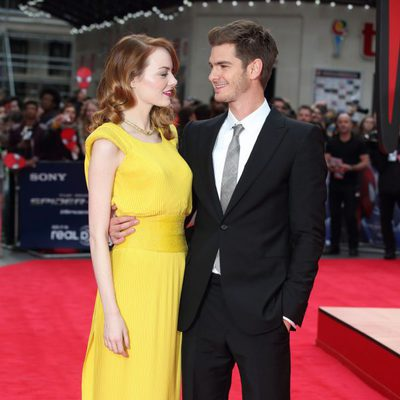 Emma Stone y Andrew Garfield en el estreno de 'The Amazing Spider-Man 2' en Londres