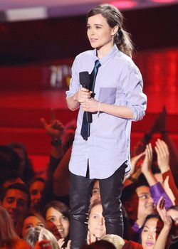 Ellen Page en los MTV Mvovie Awards 2014