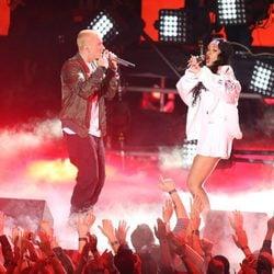 Eminem y Rihanna actúan en los MTV Movie Awards 2014