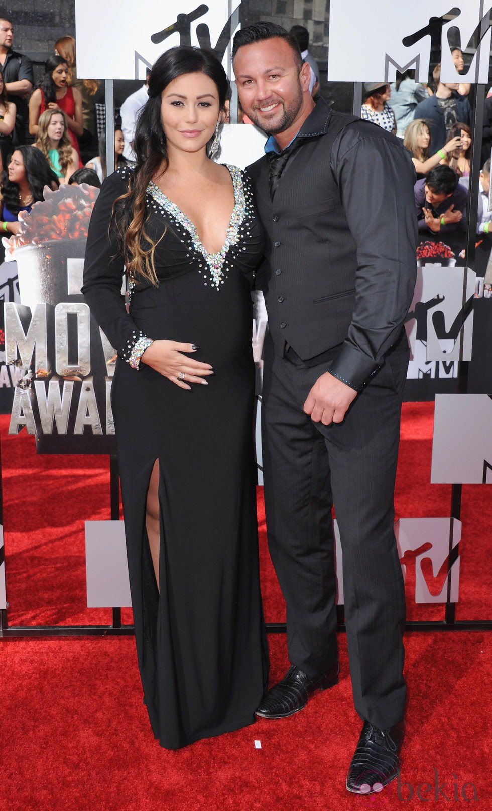 Jwoww y Roger Mathews en la alfombra roja de MTV Movie Awards 2014