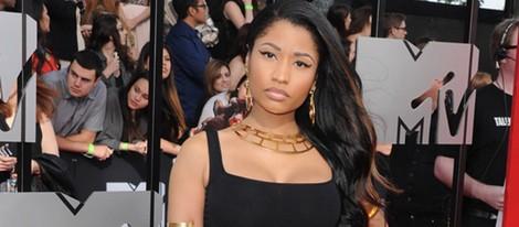 Nicki Minaj en la alfombra roja d elos MTV Movie Awards 2014