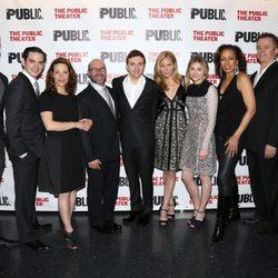 Chloe Moretz y todo el elenco de 'The Library' en el estreno en Nueva York