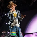 Pharrell Williams actuando en el Festival de Coachella 2014