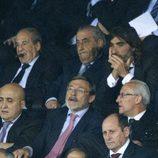 José María García, Juan José Hidalgo y Javier Hidalgo en el partido entre el Atlético de Madrid y el Chelsea