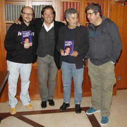 Pepe Navarro presentó su libro con Santiago Segura, Carlos Iglesias y Florentino Fernández